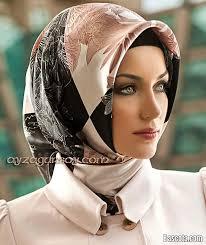 7dc2d7d25 الحجاب في الجزائر… من رمز ديني إلى الصراع السياسي | إذاعة صوت المرأة